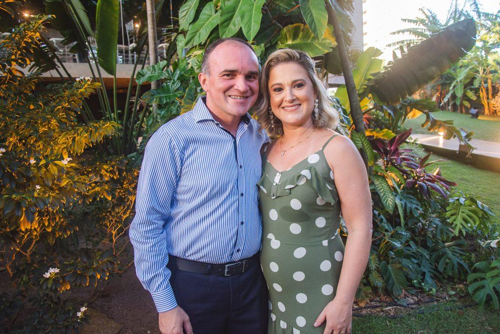 Salomao Vieira E Carla Aguiar