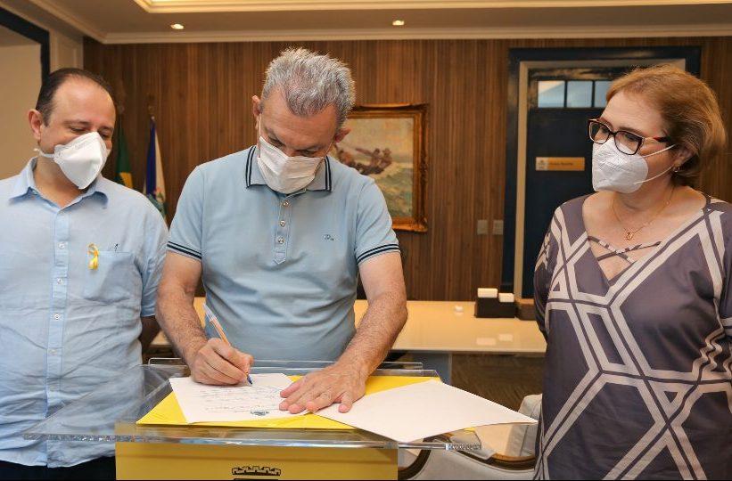José Sarto sanciona nova lei que garante o Aluguel Social Maria da Penha