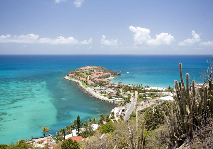 Lado francês da ilha de Saint-Martin anuncia reabertura de suas fronteiras a brasileiros