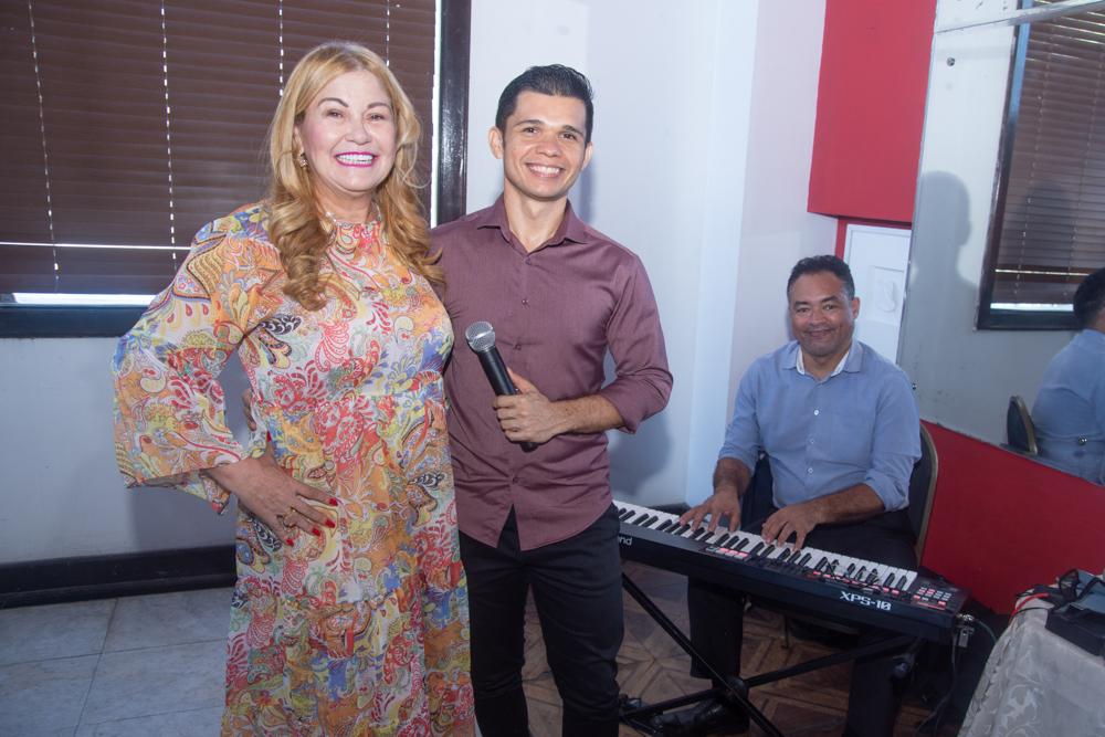 Stela Frota Salles, Ricardo Máximo E Arllan Sousa