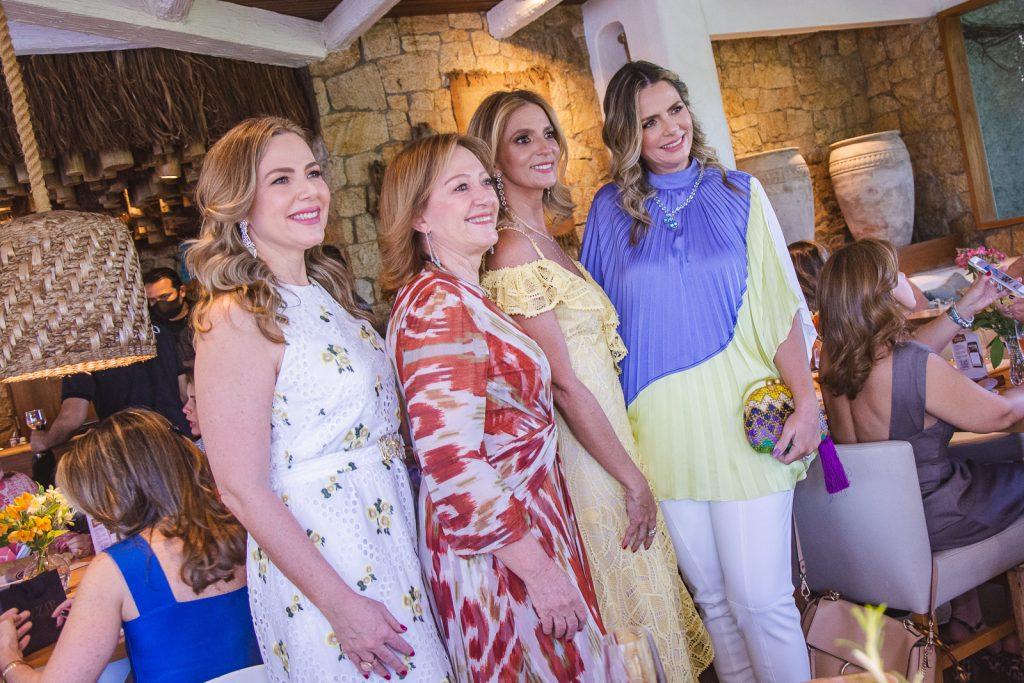 Suyane Dias Branco, Tania Teixeira, Michelle Aragao E Tais Pinto