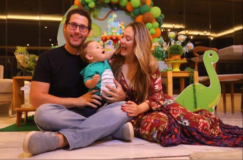 Gabriel Dias Branco e Letícia Teixeira celebram o 10º mês de vida do pequeno Emanuel