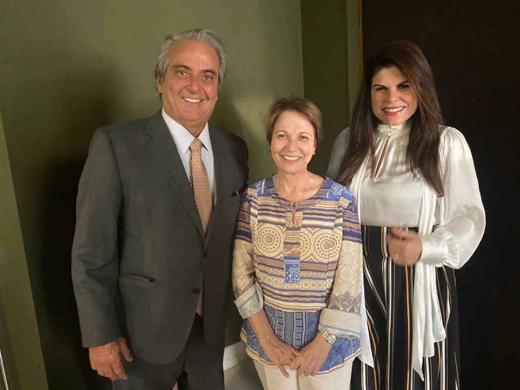José Bardawil almoça com a Ministra Tereza Cristina Dias e apresenta a potencialidade da produção vinícola no DF