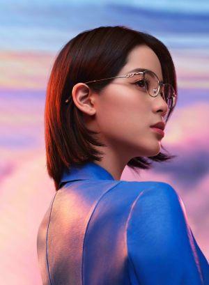 Ouyang Nana é a nova embaixadora global da linha eyewear da Salvatore Ferragamo