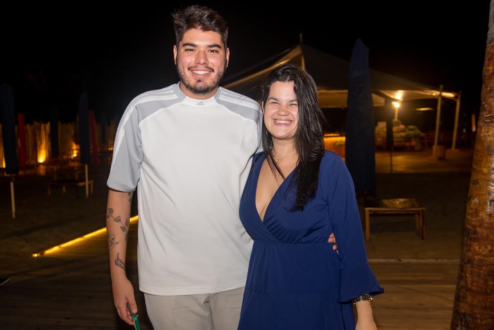 Alan Negreiros E Bruna Moraes
