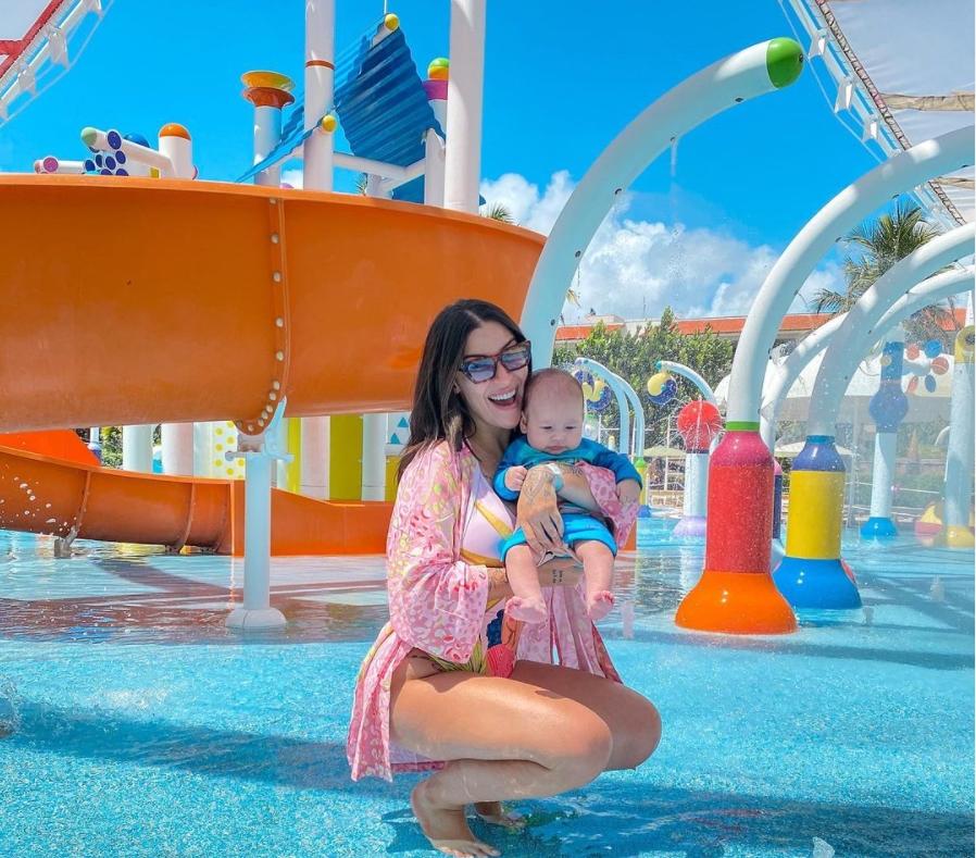 Bianca Andrade fecha o Beach Park para curtir um dia com primogênito Cris
