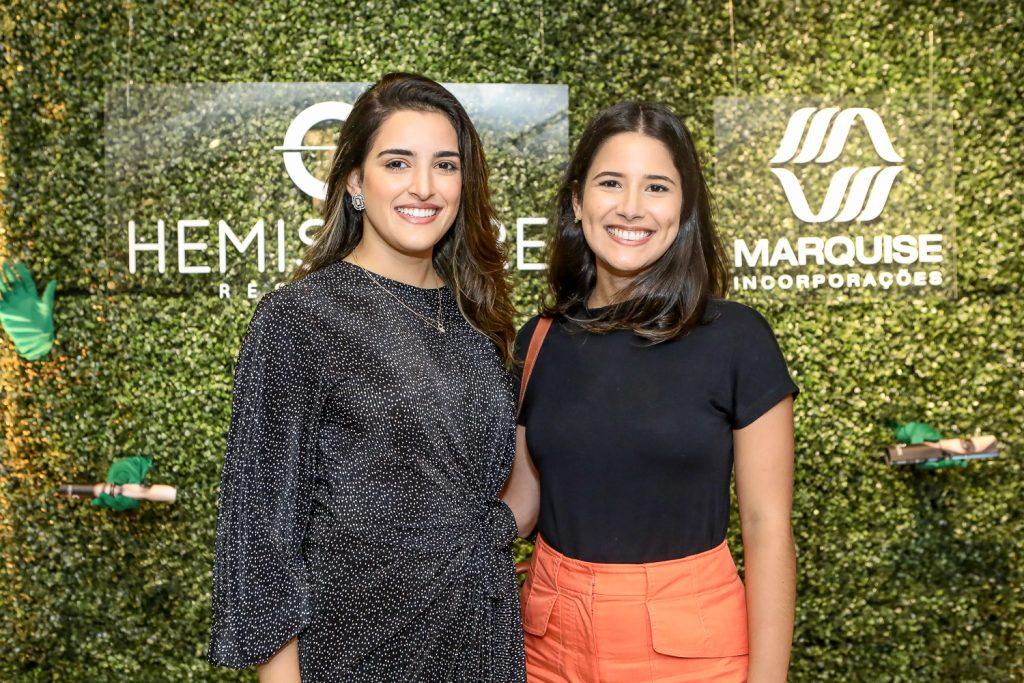 Camila Claudino E Isadora Frota