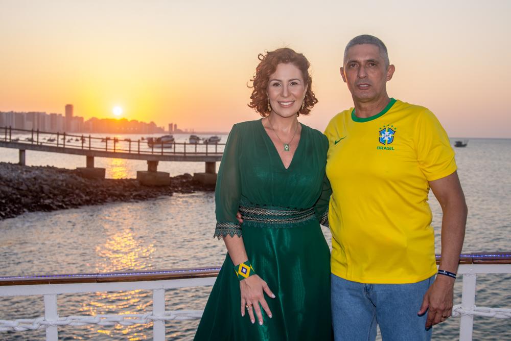 Iate Clube de Fortaleza serve de cenário para a troca de idade do Coronel Aginaldo