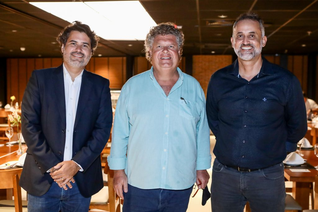 Daniel Queiroz, Evandro Colares E Henrique Donato