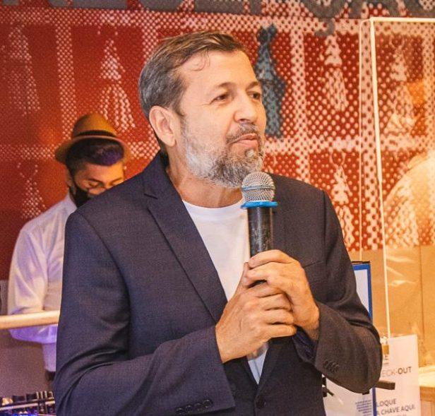 Élcio Batista debate gestão pública, inovação e transformação digital na ENAP