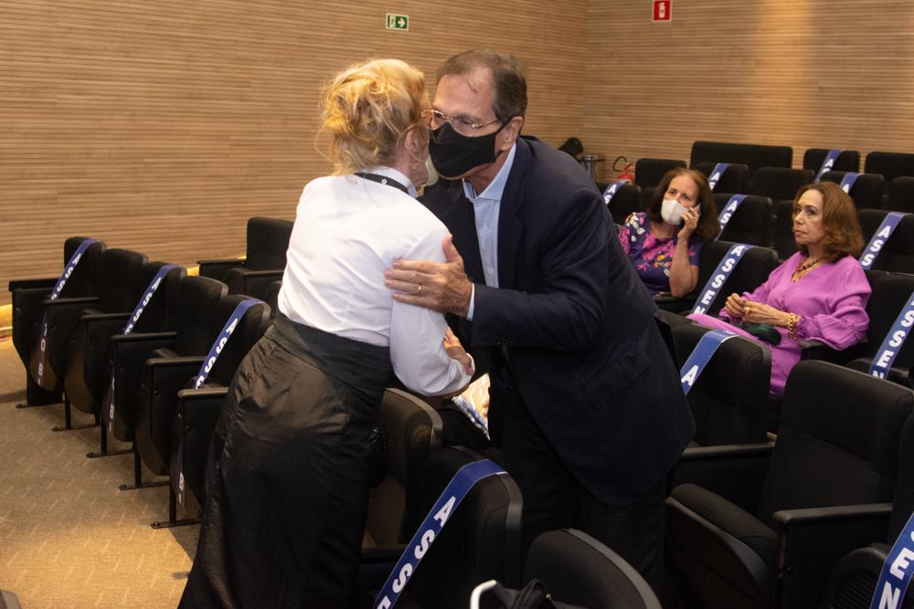 Enya Ribeiro E Beto Studart