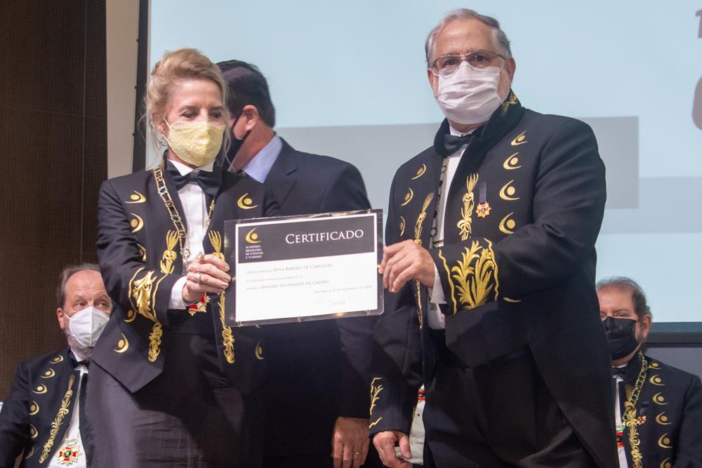 Enya Ribeiro E Virgilio Carvalho (1)