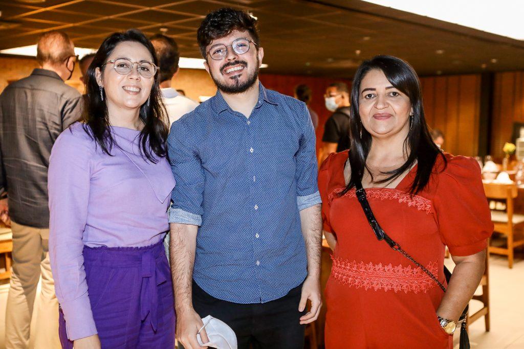 Erica Catunda, Erick Catunda E Ivoneide Vieira
