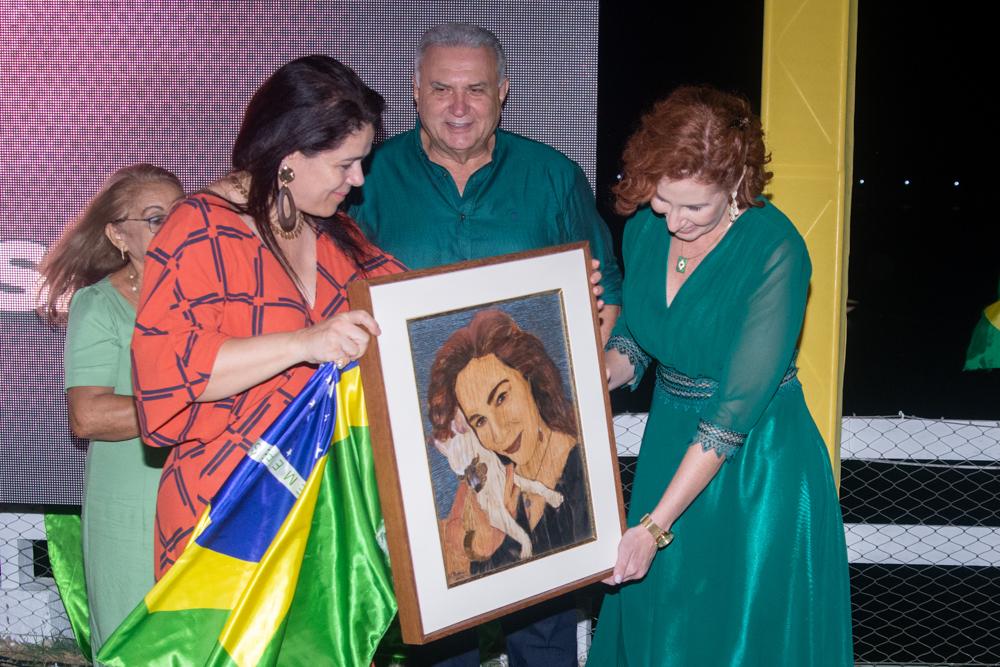 Flavia Castelo, Bezerra De Menezes E Carla Zambelli