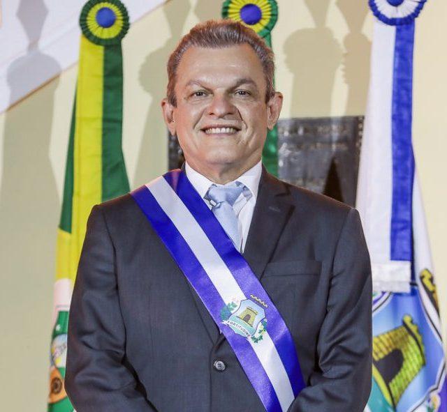 Sarto debate seus projetos de gestão com empresários em almoço do Lide Ceará
