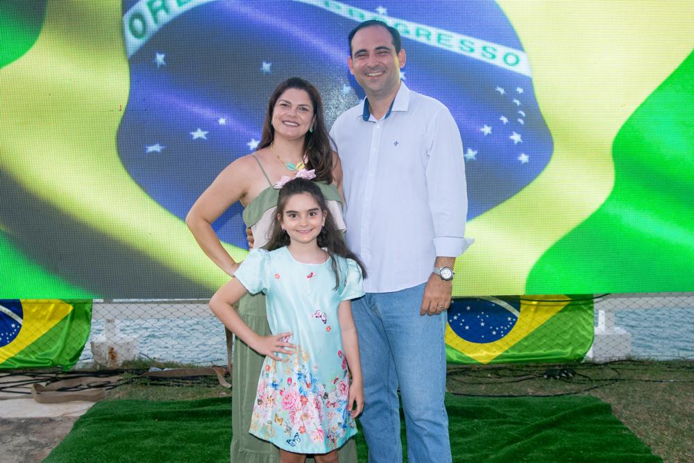 Keyvila, Luciano E Sophia Menezes