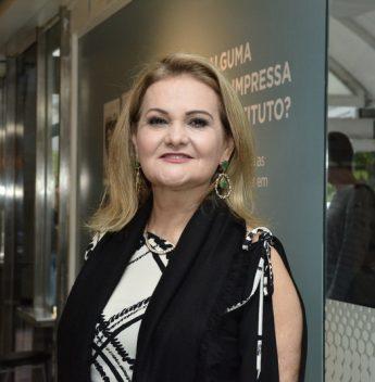 Lenise Queiroz abre a 21ª edição da Unifor Plástica nesta terça-feira (19)