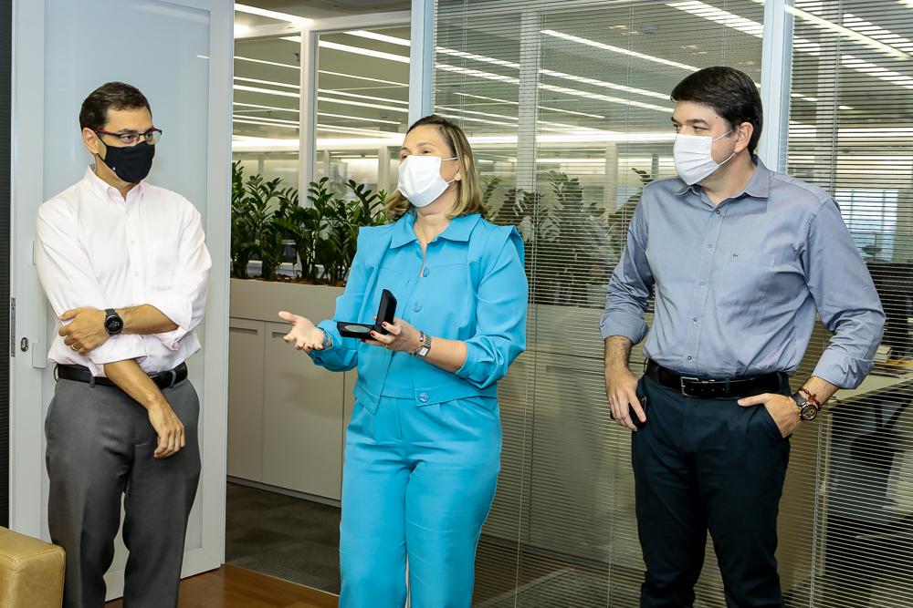 Luis Antonio, Renata Santiago E Raul Santos