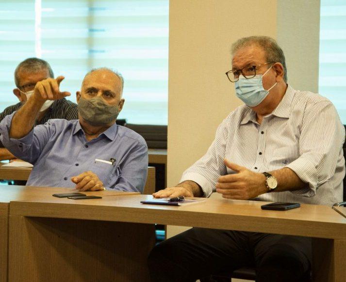 Ricardo Cavalcante apresenta as potencialidades do Observatório da Indústria para o prefeito Roberto Pessoa