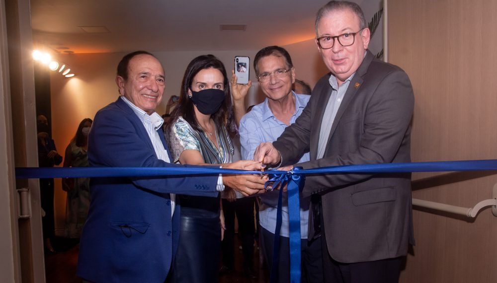 FIEC inaugura auditório do Sesi Parangaba com homenagem a Marcos Montenegro