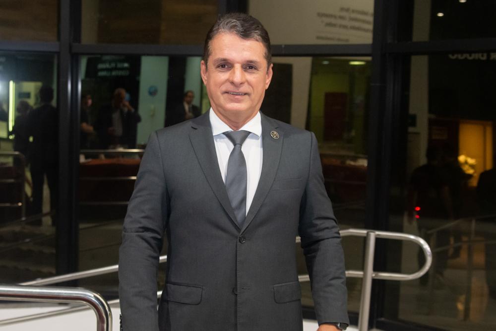 Murilo Santa Cruz