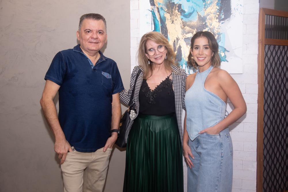Omar De Albuquerque, Sofia Linhares E Gabriela Picanço