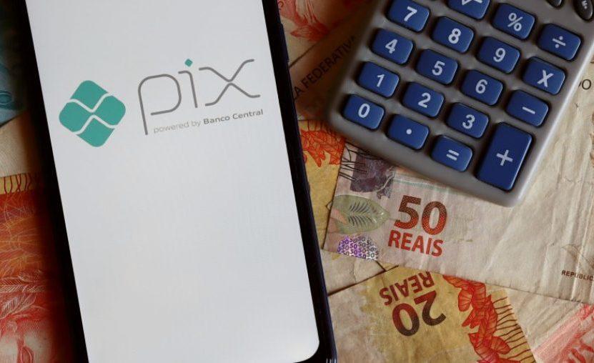 BC limita as transferências noturnas por meio do Pix ao máximo de R$ 1 mil