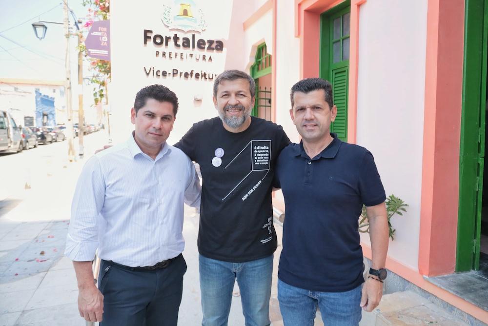 Pompeu Vasconcelos, Élcio Batista E Erick Vasconcelos