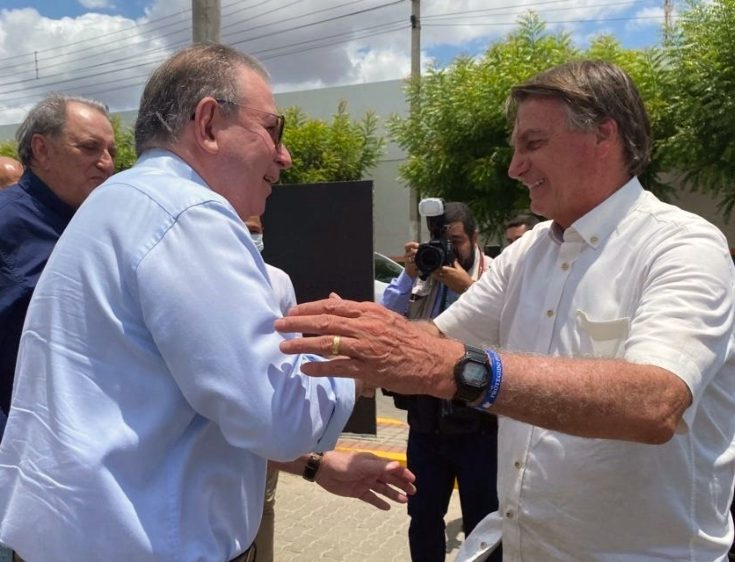 Ricardo Cavalcante e integrantes da FIEC participam do lançamento de edital do Ramal do Salgado, com Jair Bolsonaro