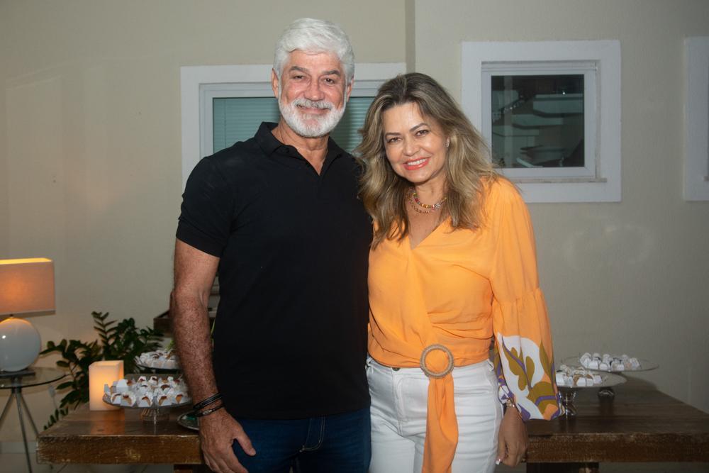 Tenisson E Maria Silva