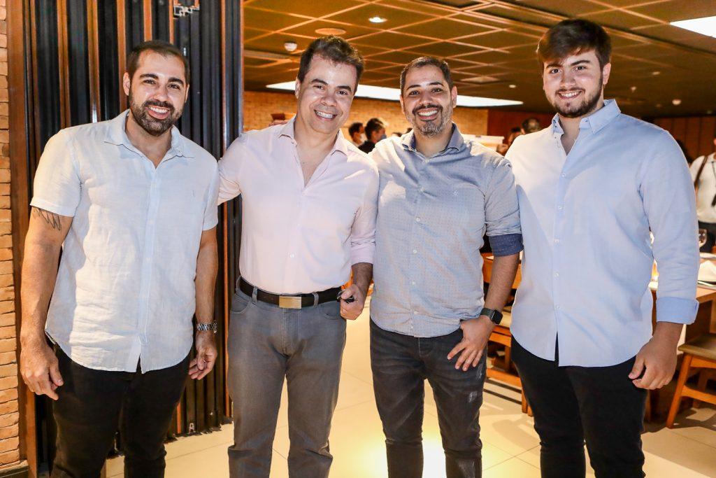 Thiago Peixoto, Duda Brigido, Victor Cavalcante E Dudu Brigido
